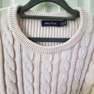 Cotton cable knit sweater with ribbed sleeves